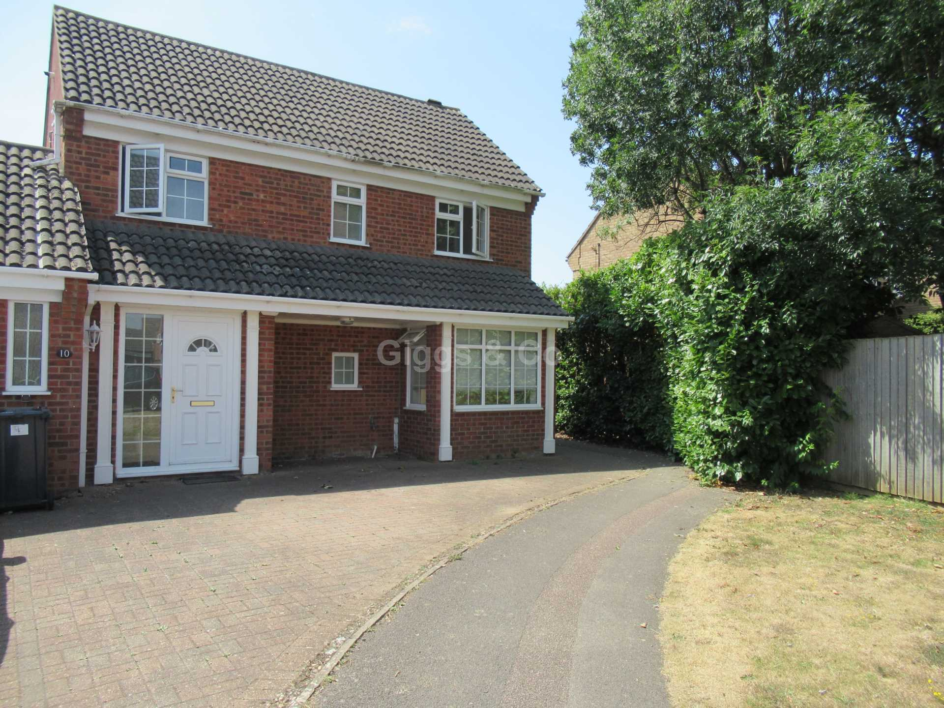 3 bed detached house to rent in Gazelle Close, Eaton Socon, PE19