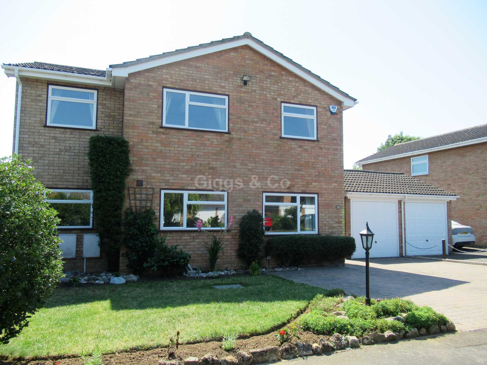 5 bed detached-house to rent in Browning Drive, Eaton Ford, St Neots, PE19