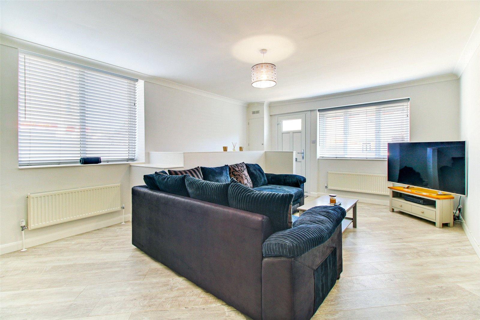 2 bed maisonette for sale in Upper Fant Road, Maidstone, ME16