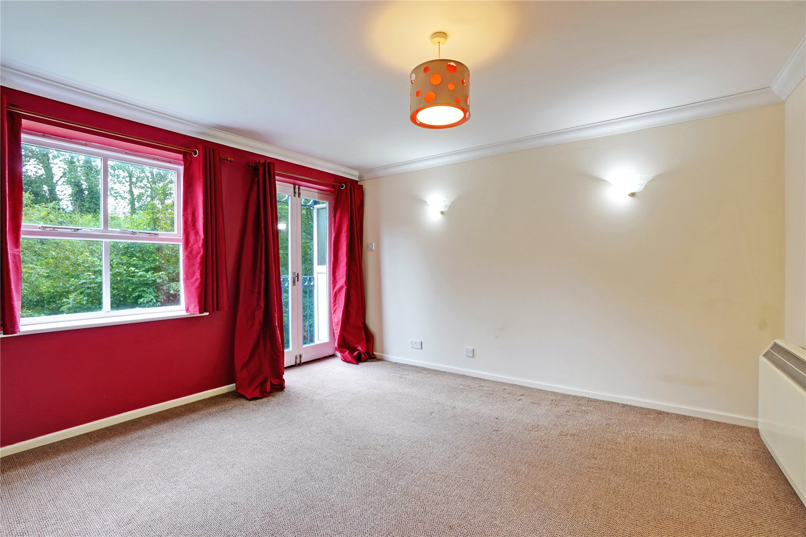 2 bed apartment for sale in River Bank Close, Maidstone, ME15