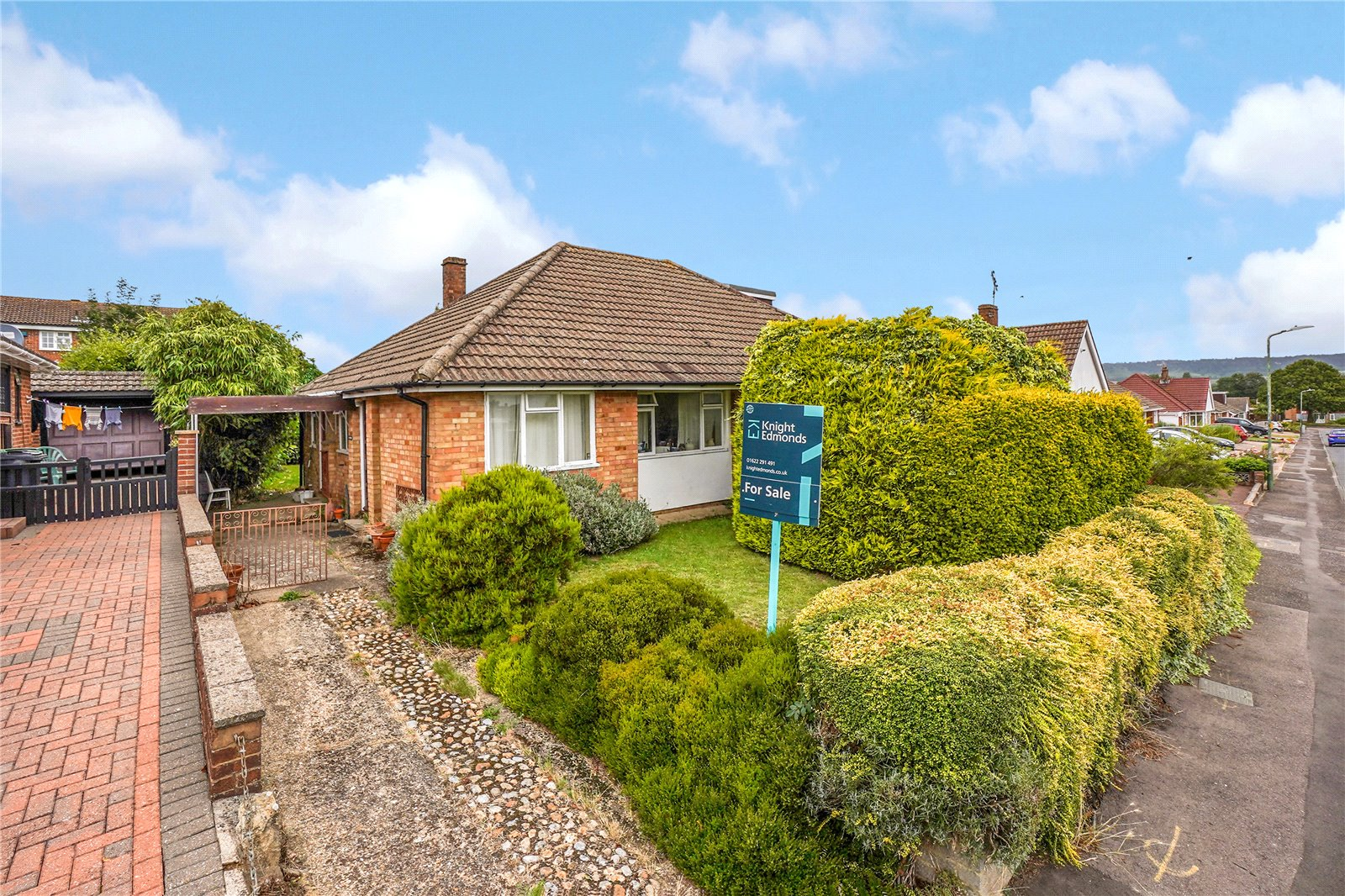 2 bed bungalow for sale in Tintern Road, Maidstone, ME16