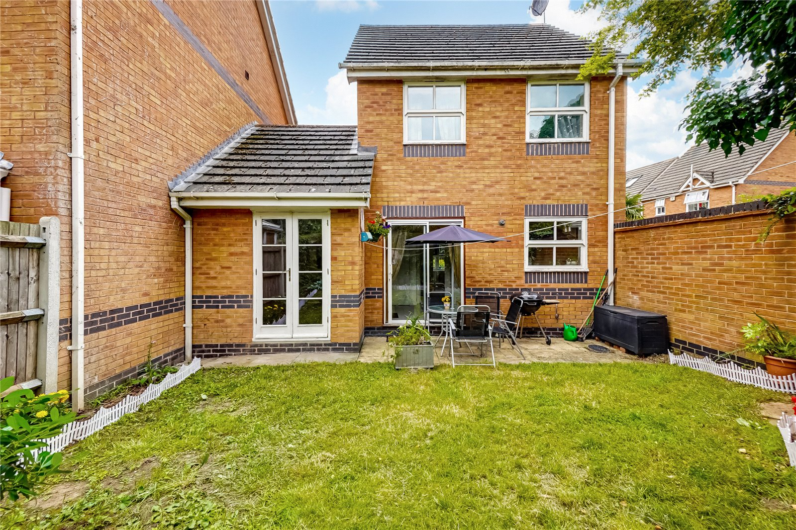 3 bed house for sale in The Mallows, Maidstone 3