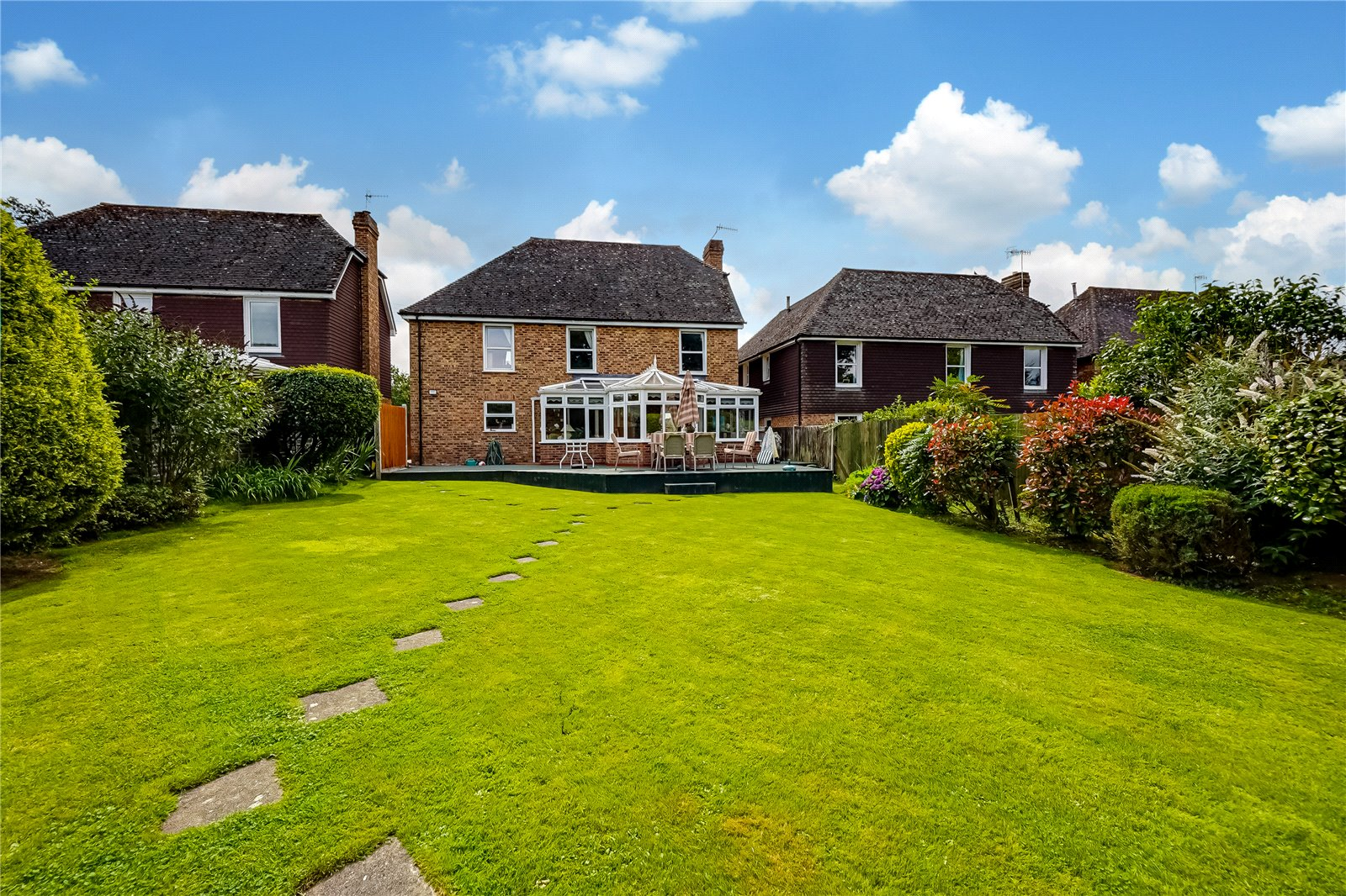 5 bed house for sale in West Street, Hunton 1