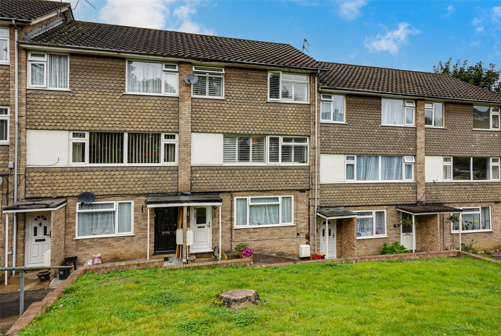 3 bed apartment for sale in Dixon Close, Maidstone, ME15