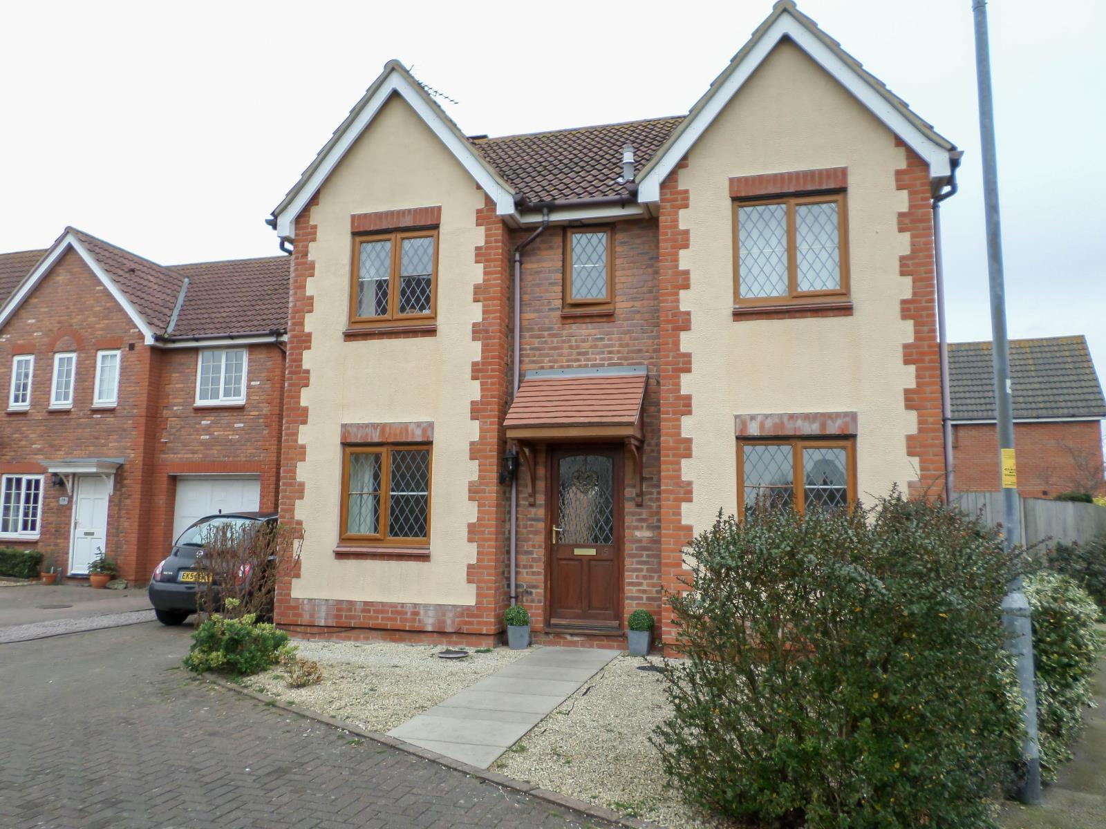 4 bed house to rent in Peake Avenue, Kirby Cross, Frinton-On-Sea, CO13