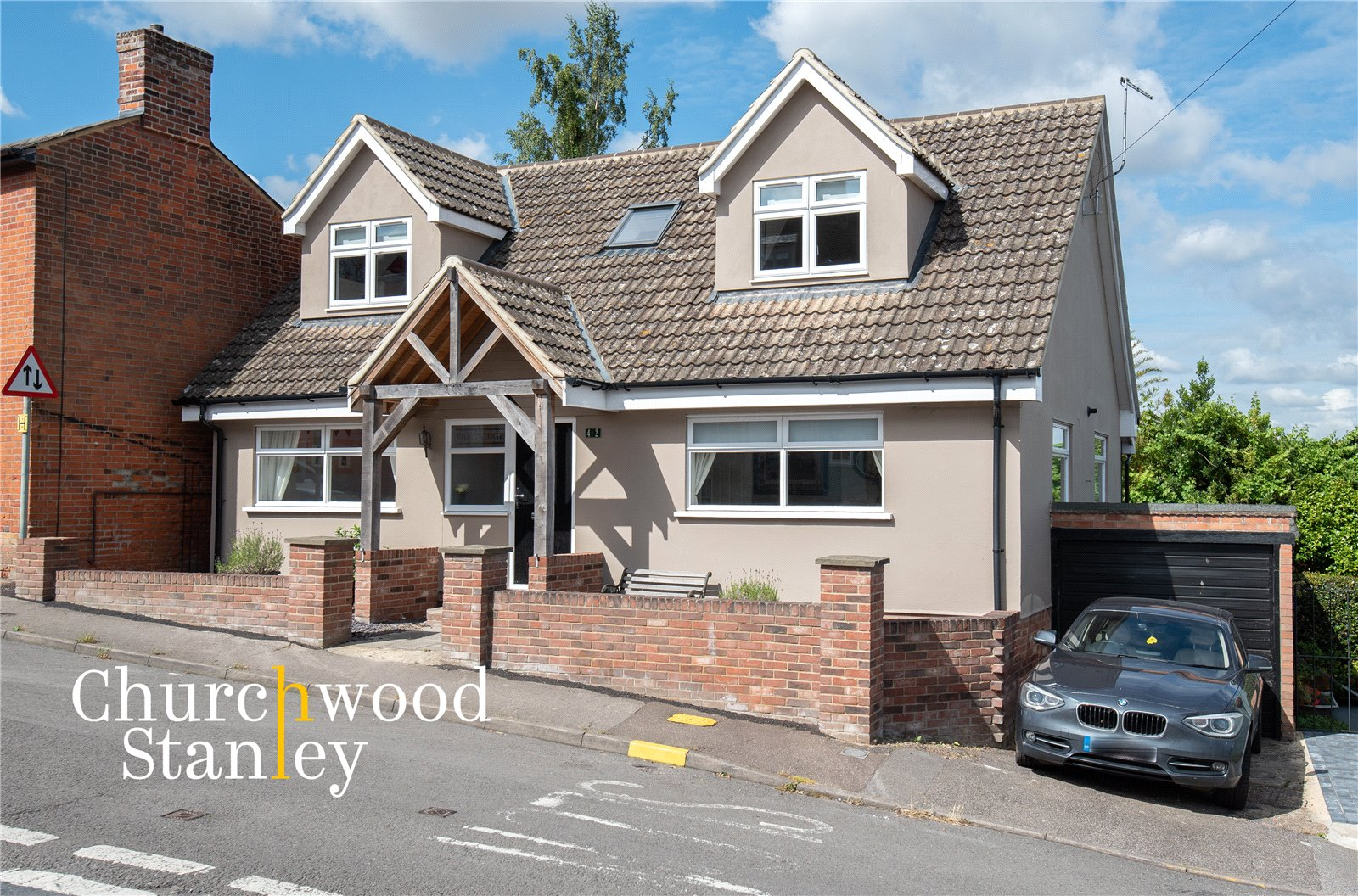 4 bed house for sale in Brook Street, Manningtree, Essex  - Property Image 1