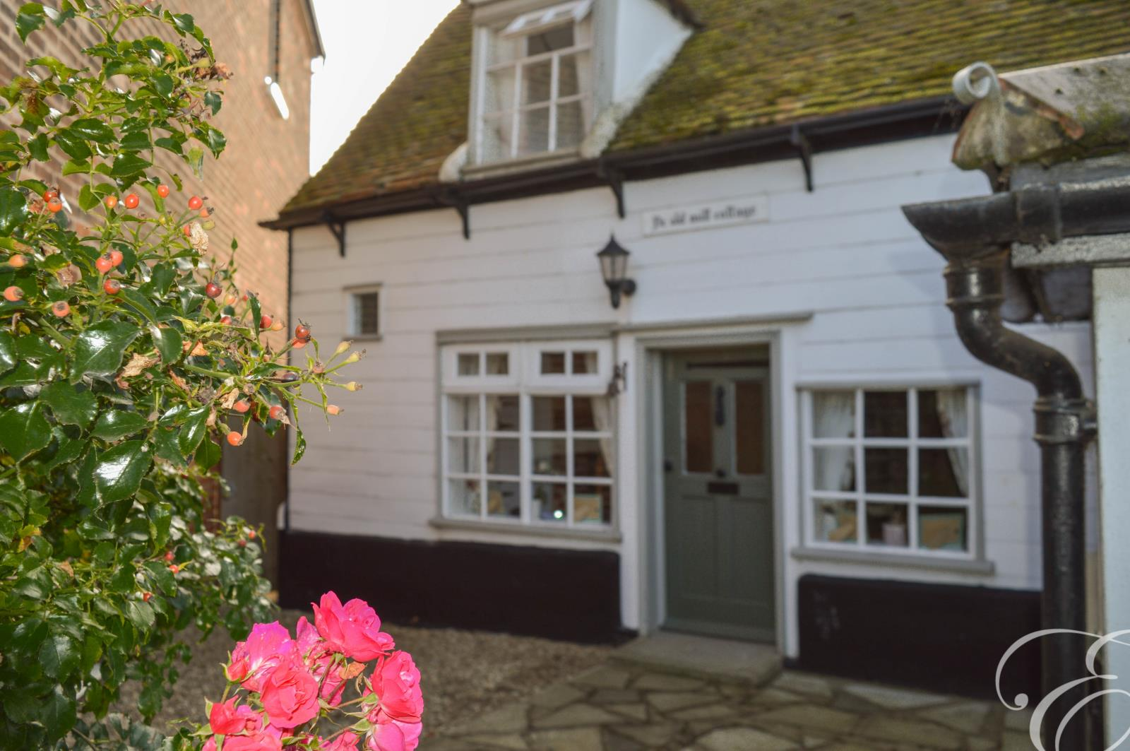 2 bed semi-detached house to rent in Mistley, Manningtree, Essex, CO11