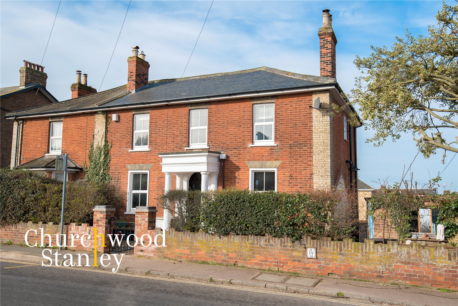 5 bed semi-detached house for sale in Harwich Road, Mistley, Manningtree  - Property Image 1