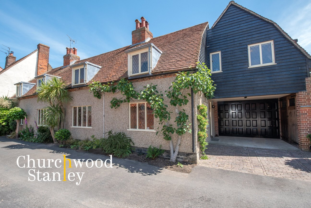 5 bed house for sale in Queen Street, Great Oakley, Harwich  - Property Image 1