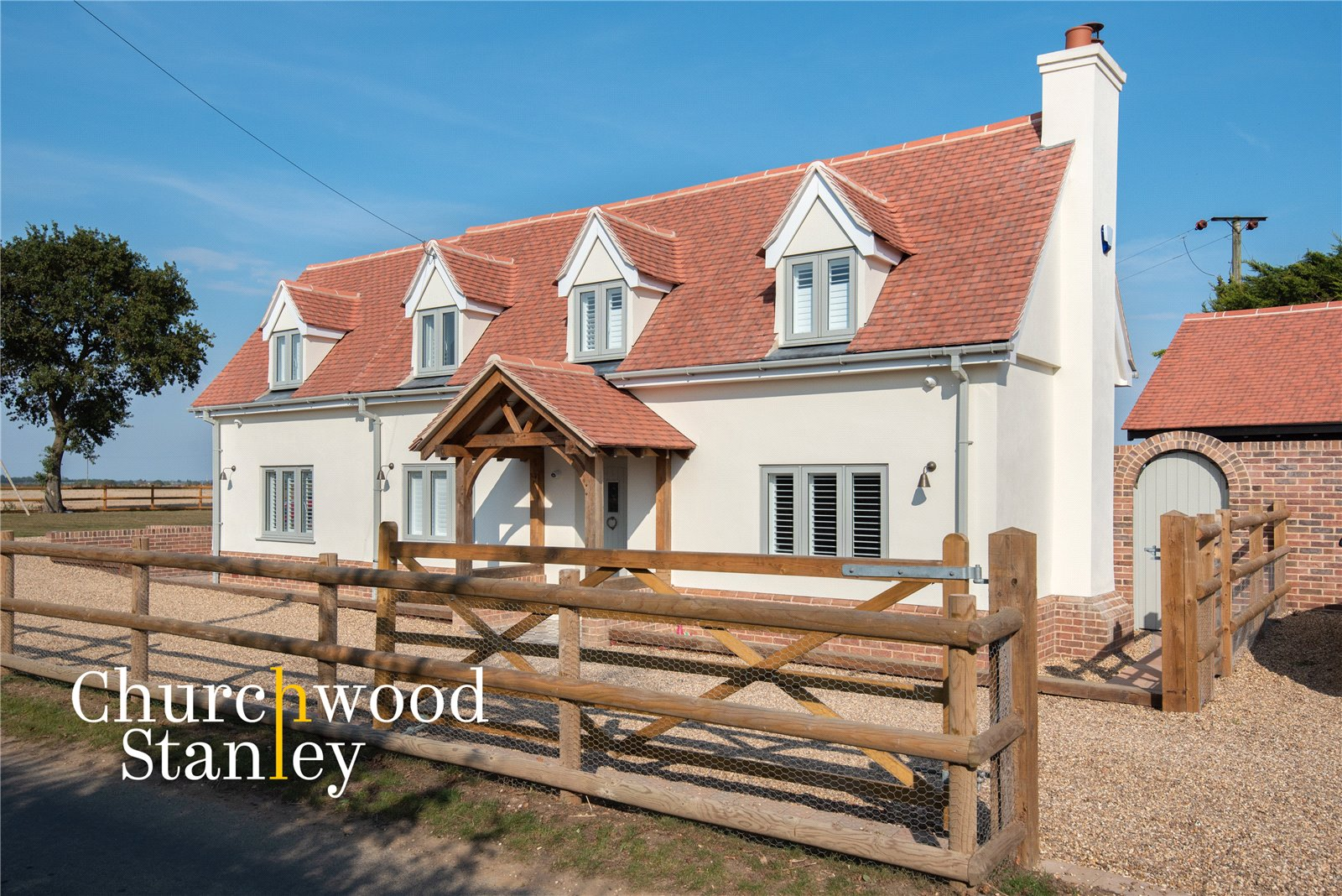 3 bed house for sale in Cansey Lane, Wix, Manningtree - Property Image 1