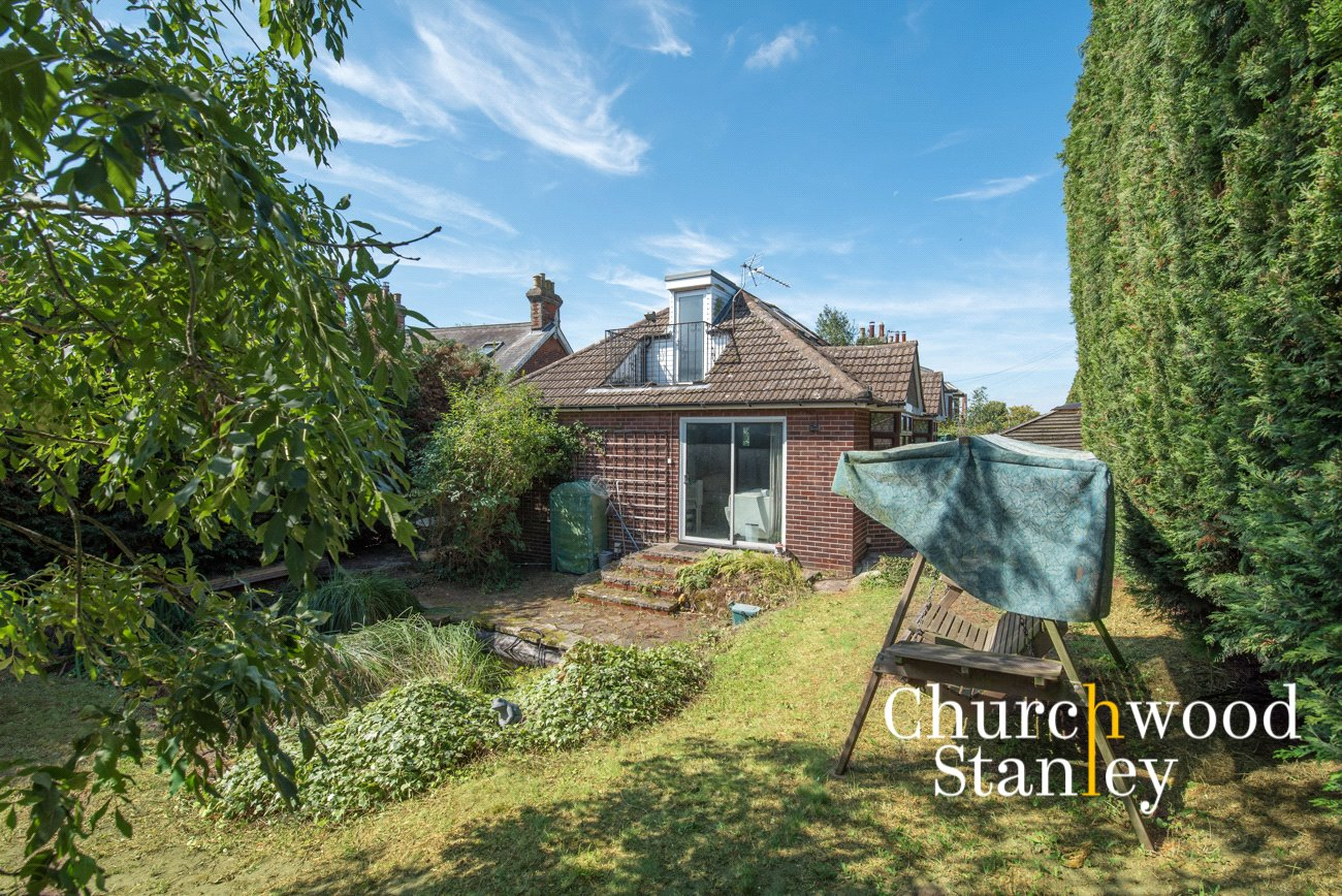 2 bed bungalow for sale in Harwich Road, Mistley, Manningtree, CO11