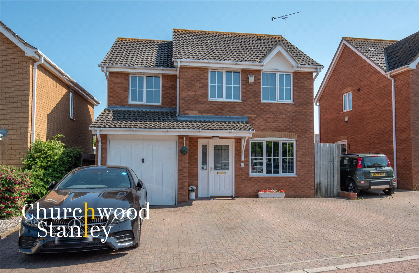 4 bed house for sale in Parade Drive, Dovercourt, Harwich, CO12
