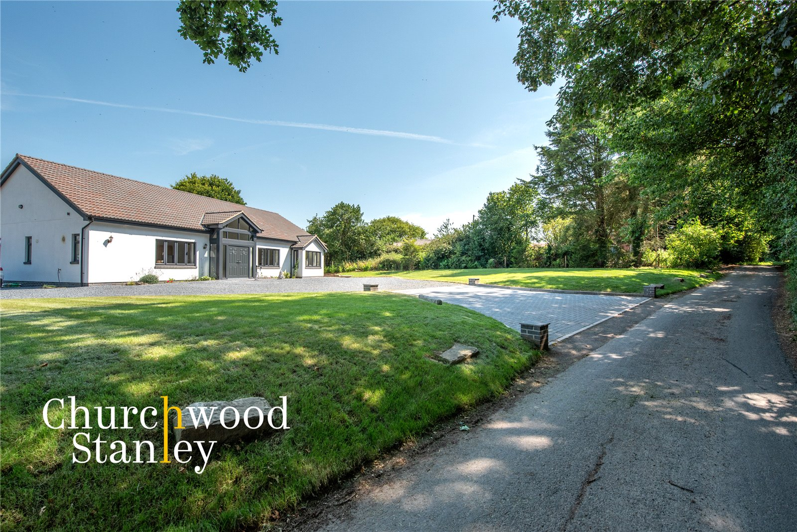 3 bed house for sale in Mill Lane, Bradfield - Property Image 1