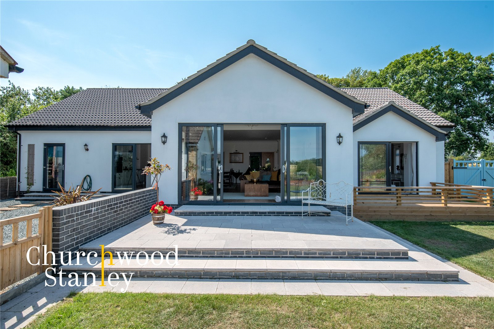 3 bed house for sale in Mill Lane, Bradfield  - Property Image 2