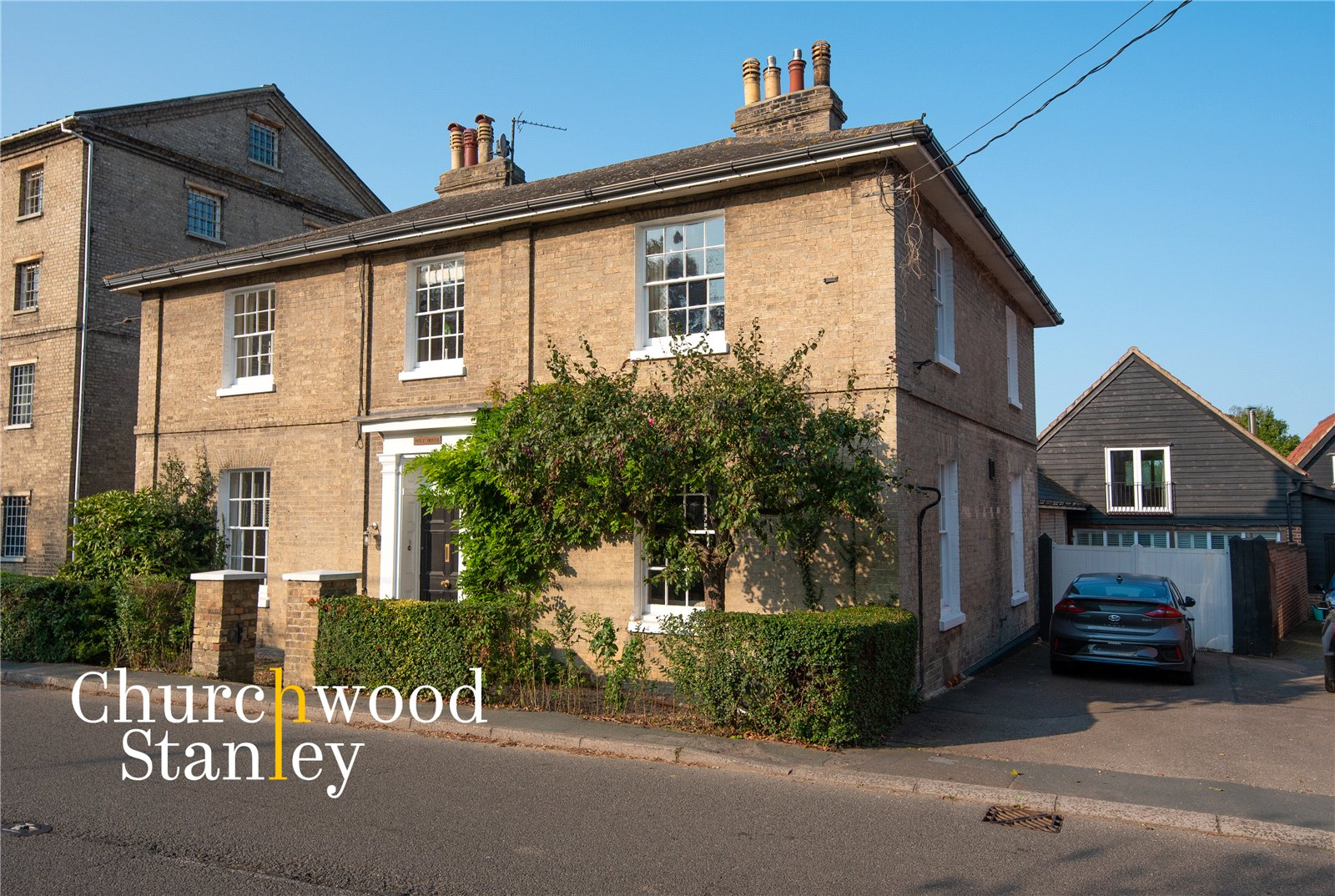 5 bed house for sale in Station Road, Ardleigh, Colchester - Property Image 1