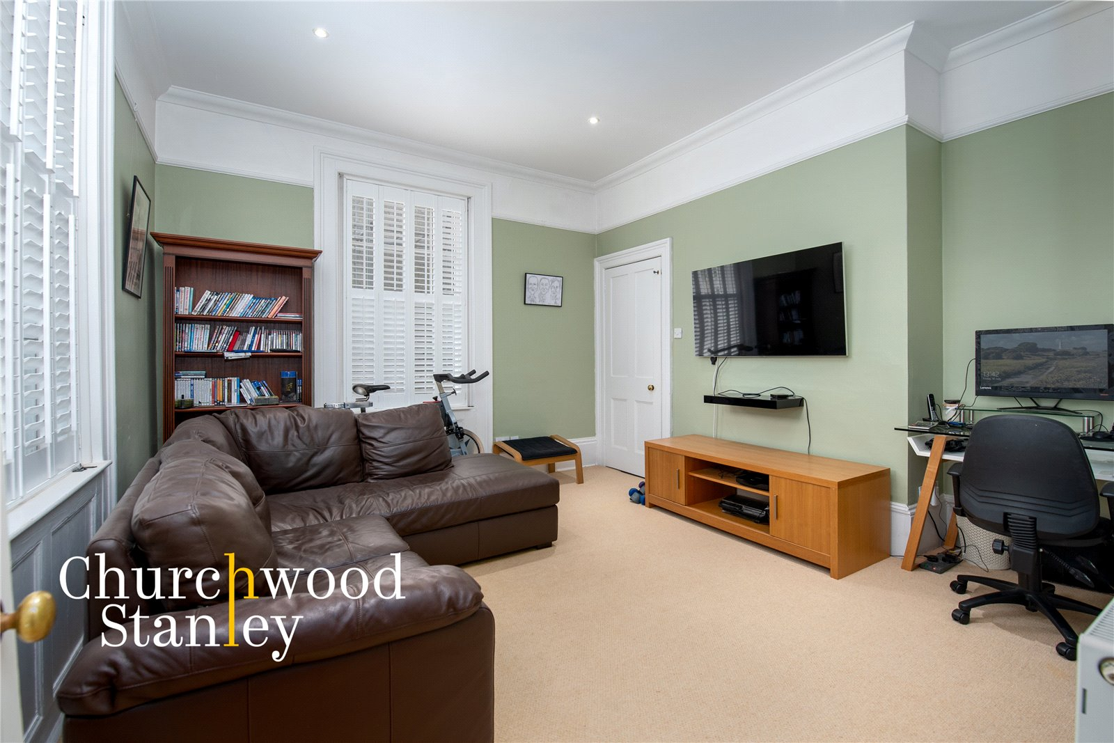 5 bed house for sale in Station Road, Ardleigh, Colchester  - Property Image 6
