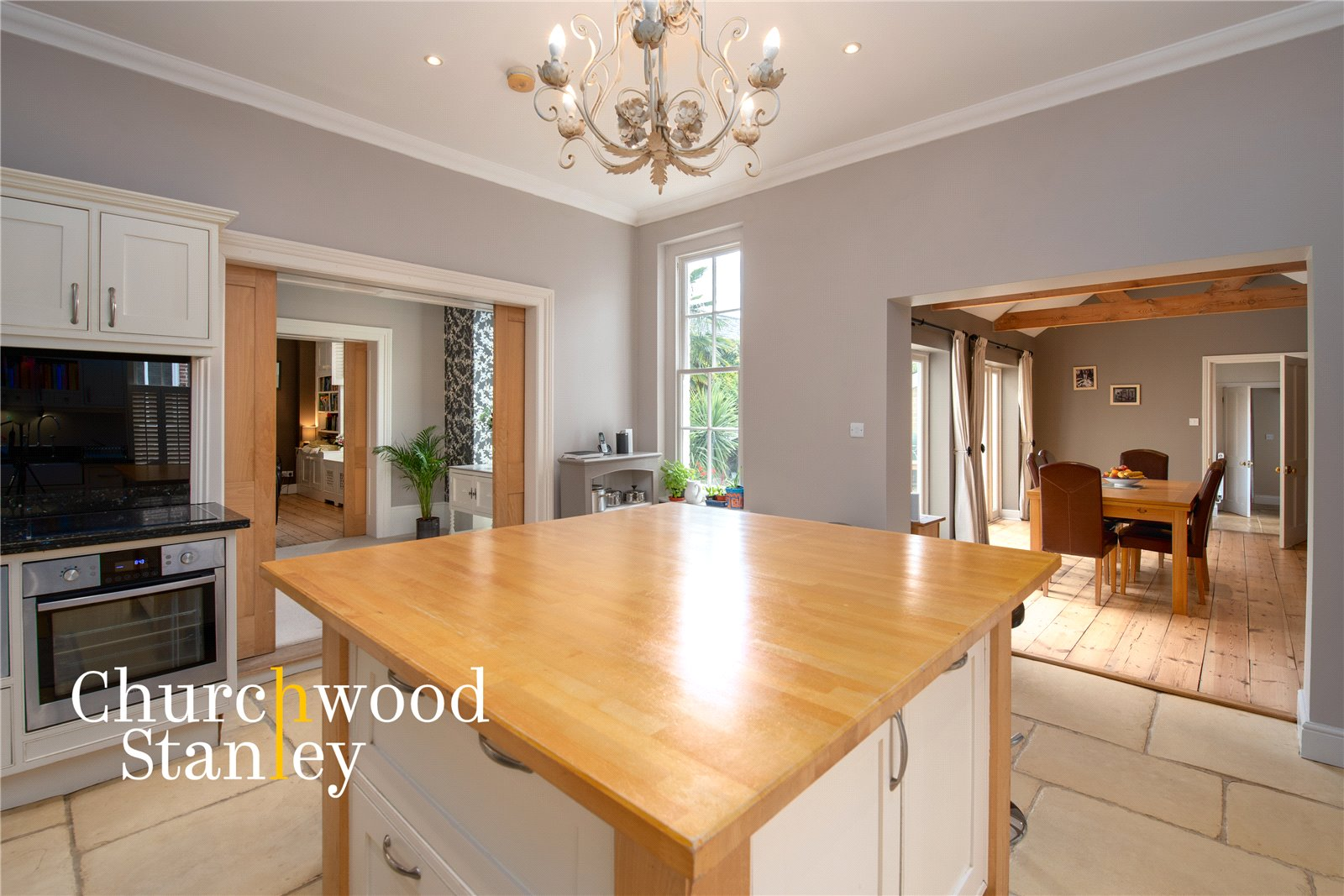 5 bed house for sale in Station Road, Ardleigh, Colchester  - Property Image 10