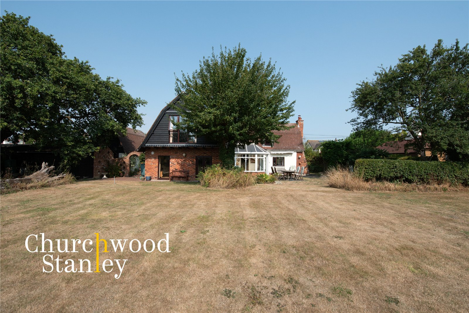 4 bed cottage for sale in The Green, Tendring  - Property Image 1