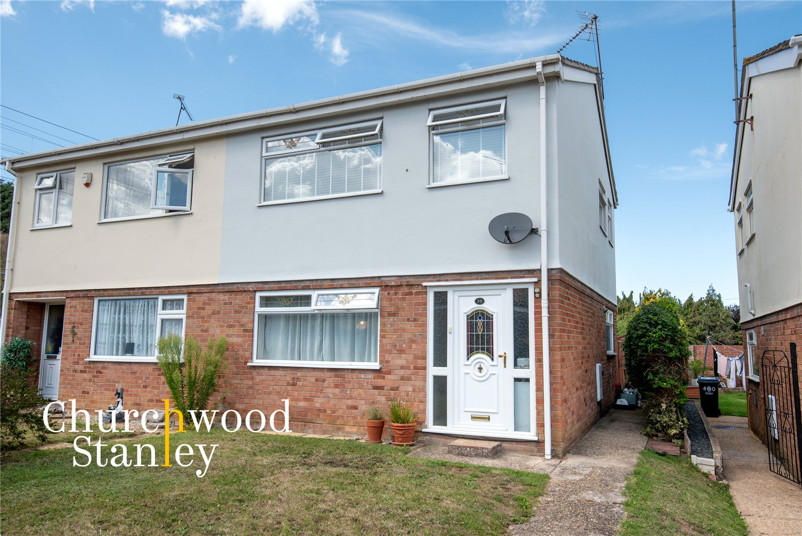 3 bed semi-detached house for sale in Kings Close, Lawford, Manningtree, CO11