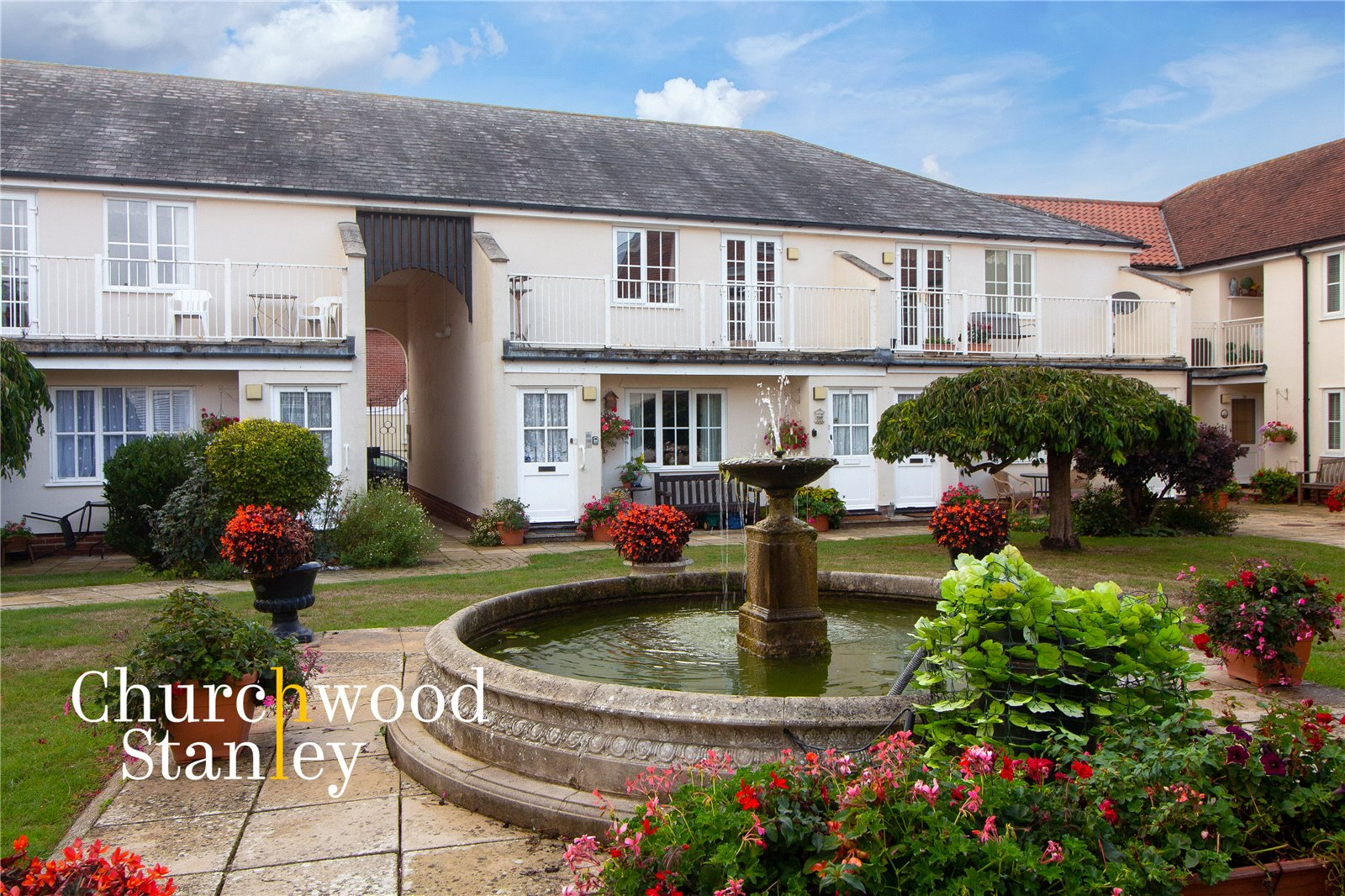 2 bed flat for sale in South Street, Manningtree, CO11