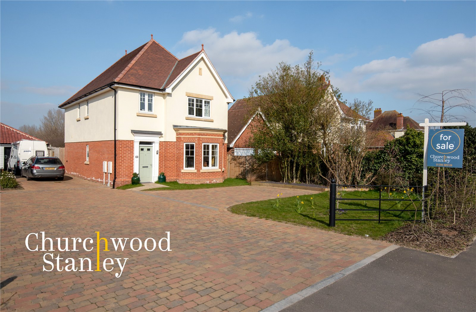 4 bed house for sale in Harwich Road, Mistley, Manningtree  - Property Image 1