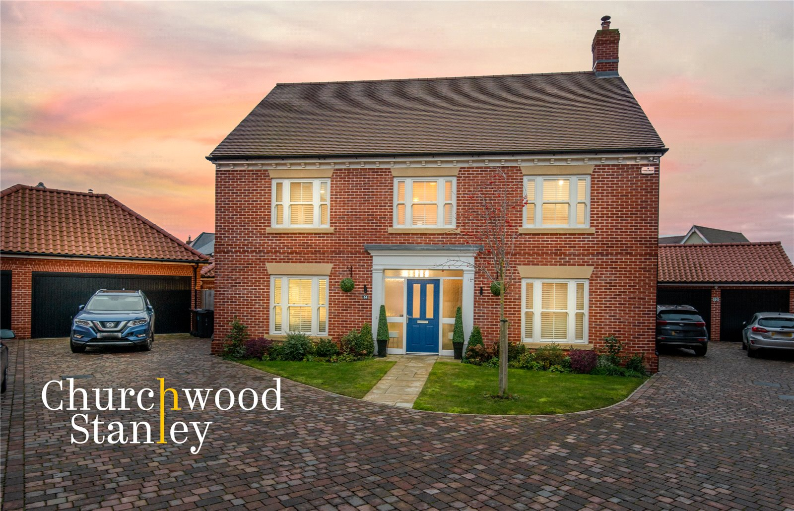 4 bed house for sale in Cambridge Drive, Lawford, Manningtree  - Property Image 1