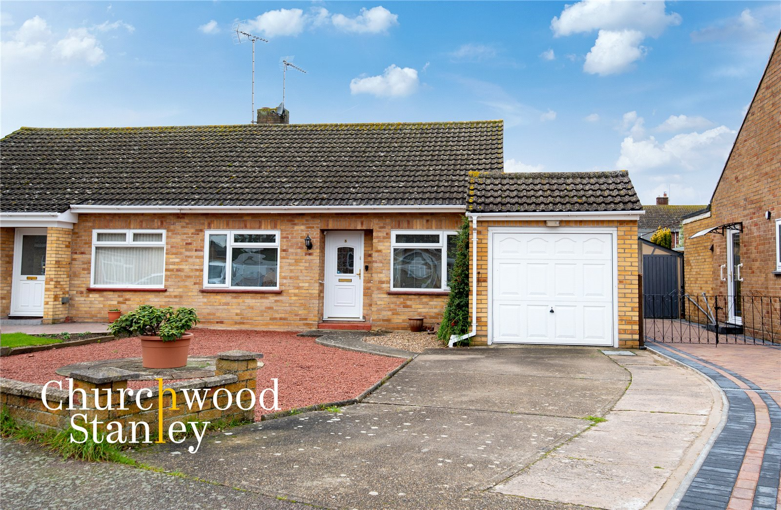 2 bed semi-detached bungalow for sale in Cornwall Close, Lawford, Manningtree, CO11
