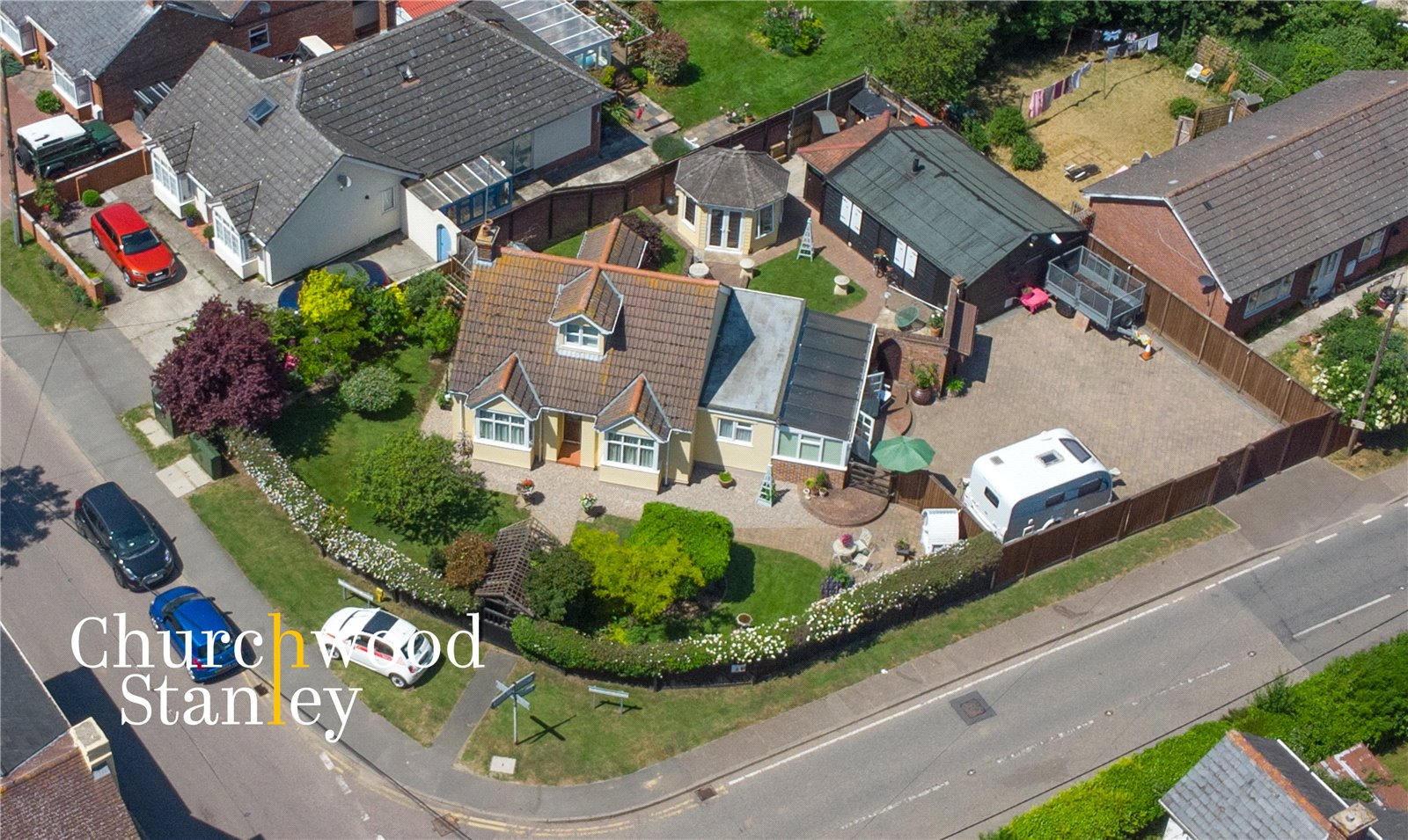 4 bed bungalow for sale in Colchester Road, Wix, Manningtree, CO11