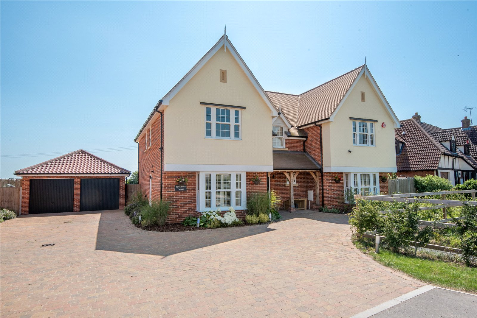5 bed house for sale in Tendring Road, Little Bentley, Colchester 36