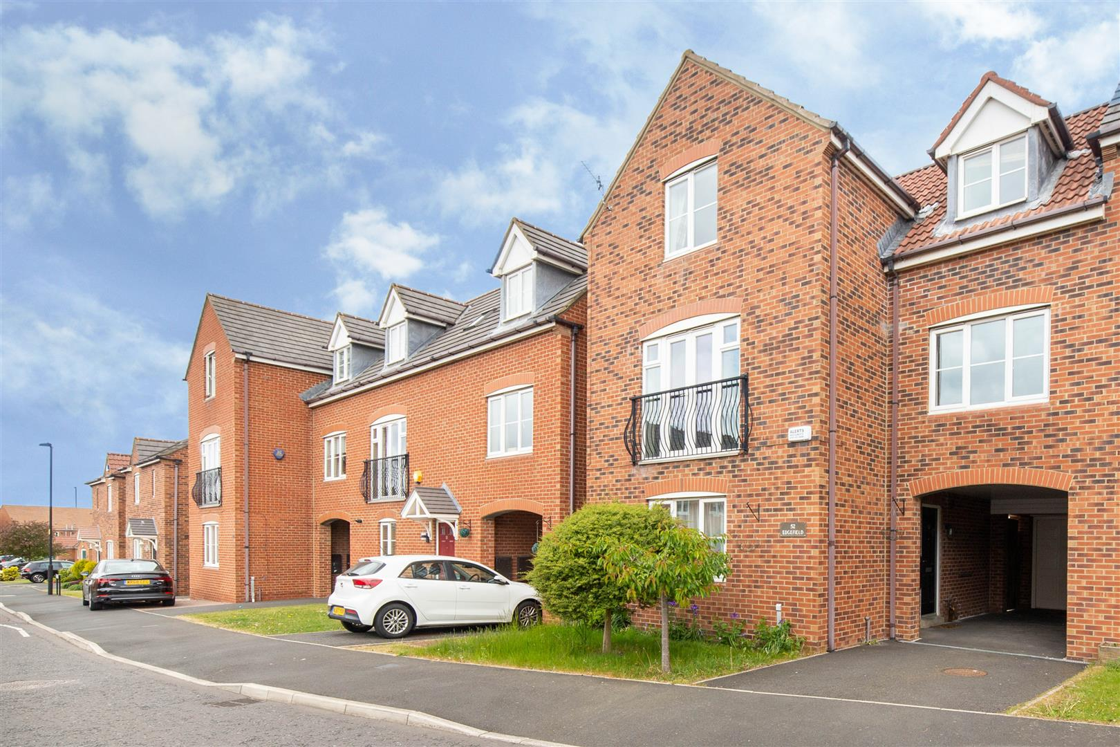 4 bed town house to rent in Newcastle Upon Tyne, NE27 0BT  - Property Image 1