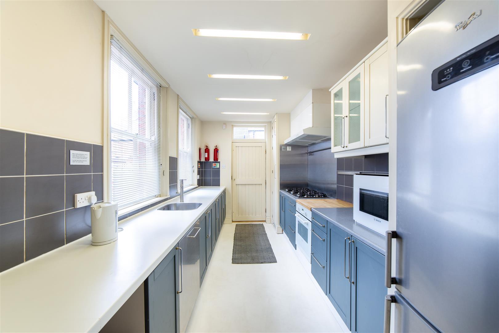 4 bed terraced house to rent in Cardigan Terrace, Heaton, NE6