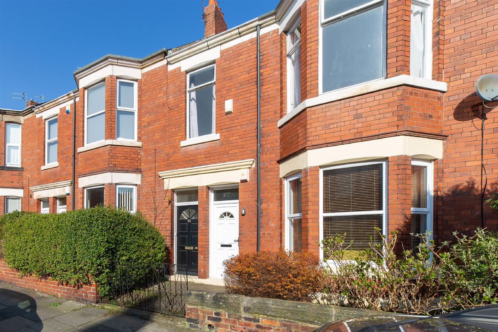 3 bed flat for sale in Newcastle Upon Tyne, NE6 5LY - Property Image 1