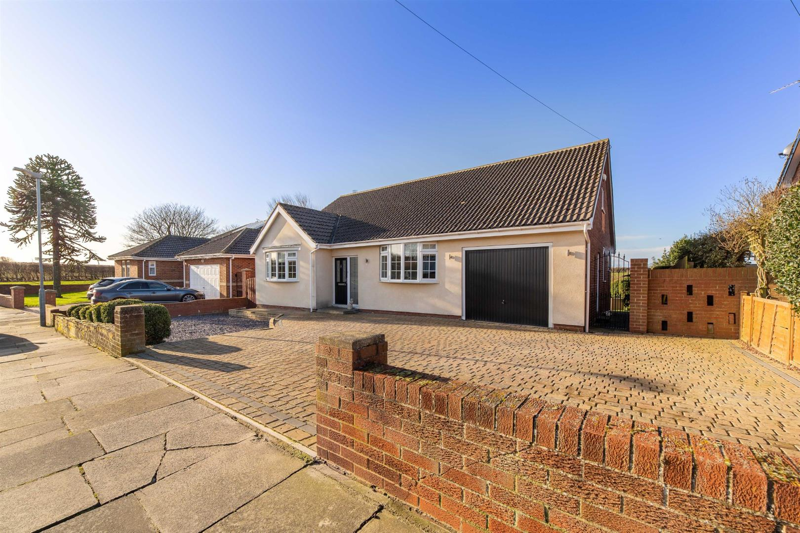 2 bed detached bungalow for sale in Whitley Bay, NE26 4BN - Property Image 1