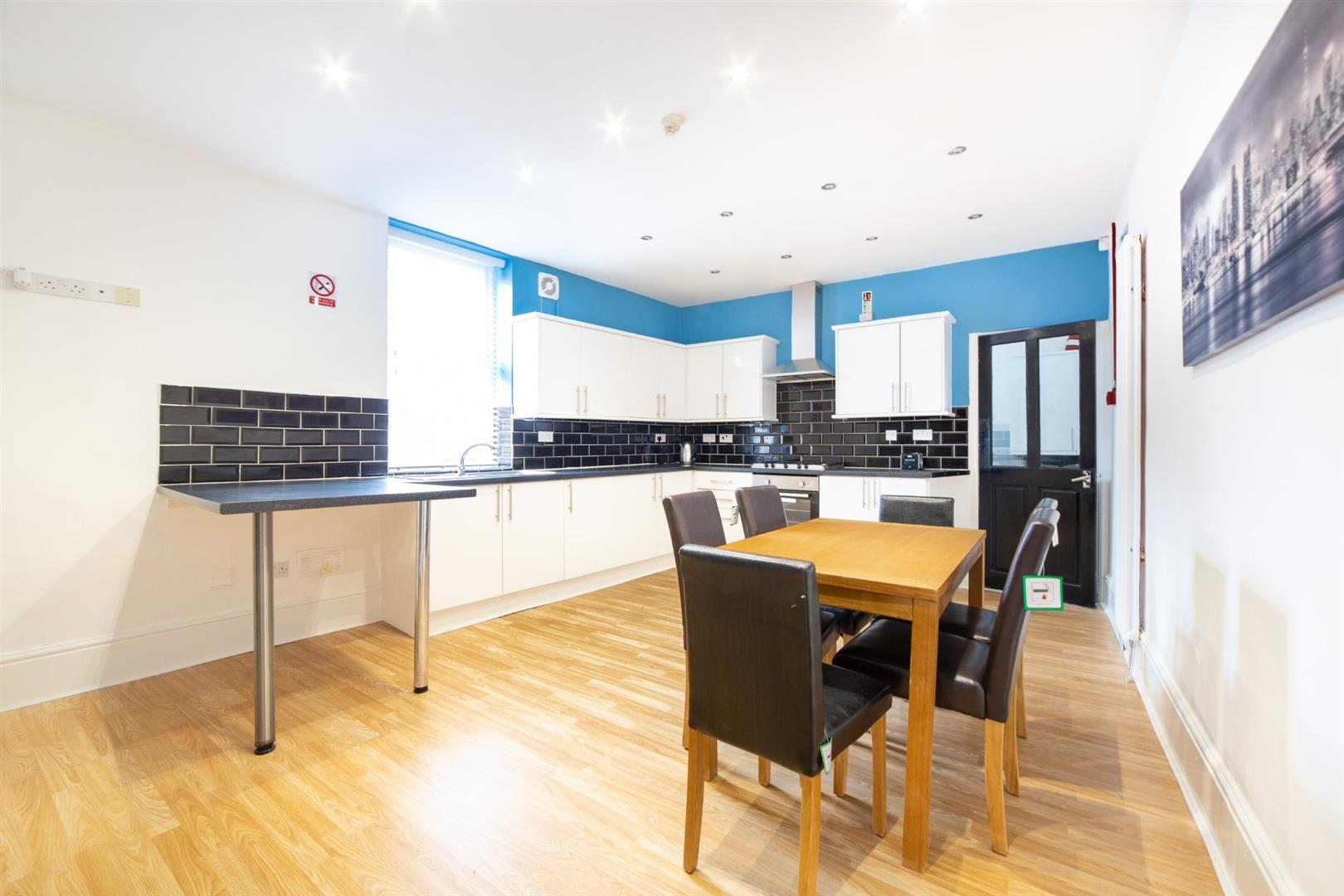 7 bed end of terrace house to rent in Newcastle Upon Tyne, NE4 6RS - Property Image 1