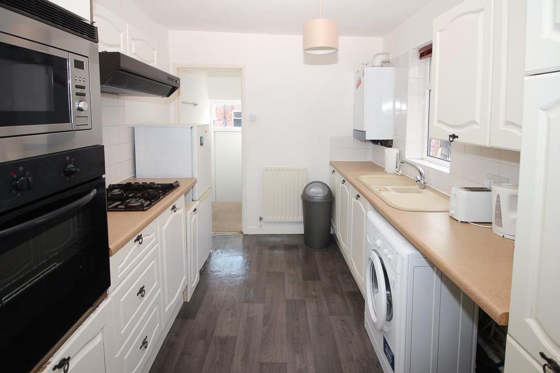 3 bed flat to rent in Jesmond, NE2 3DR, NE2