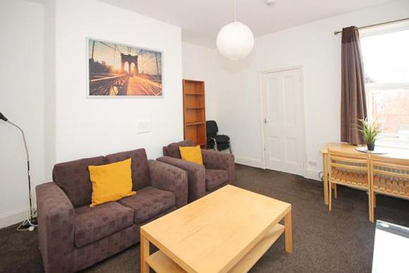 3 bed flat to rent in Newcastle Upon Tyne, NE2 3DL, NE2