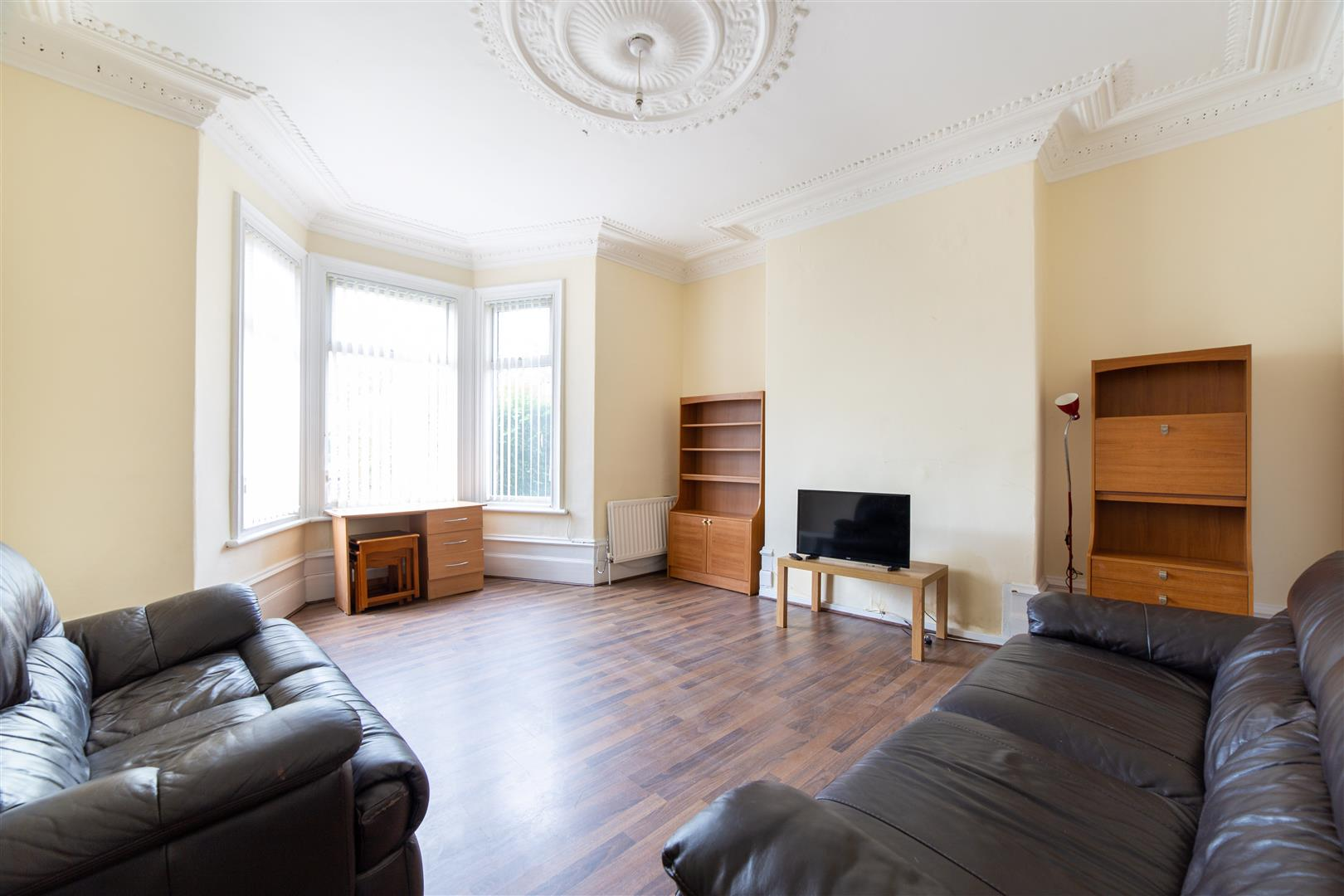 6 bed terraced house to rent in Newcastle Upon Tyne, NE6 5JT - Property Image 1