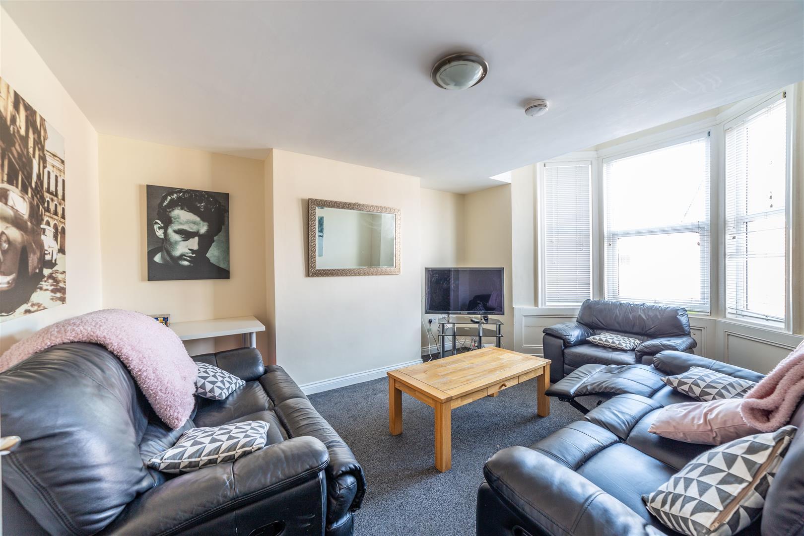6 bed maisonette to rent in Newcastle Upon Tyne, NE2 3DE, NE2
