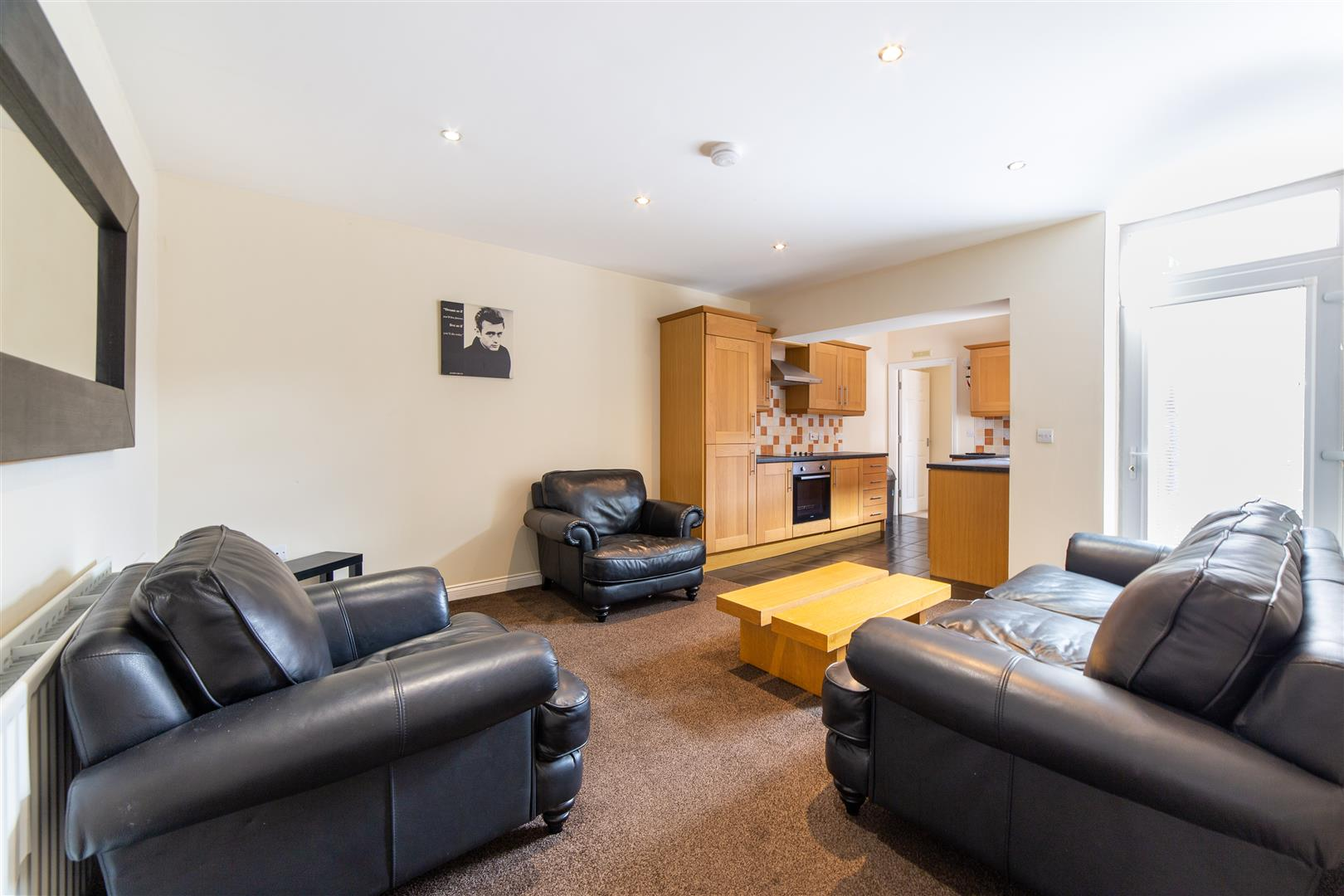 3 bed flat to rent in Myrtle Grove, Newcastle Upon Tyne, NE2