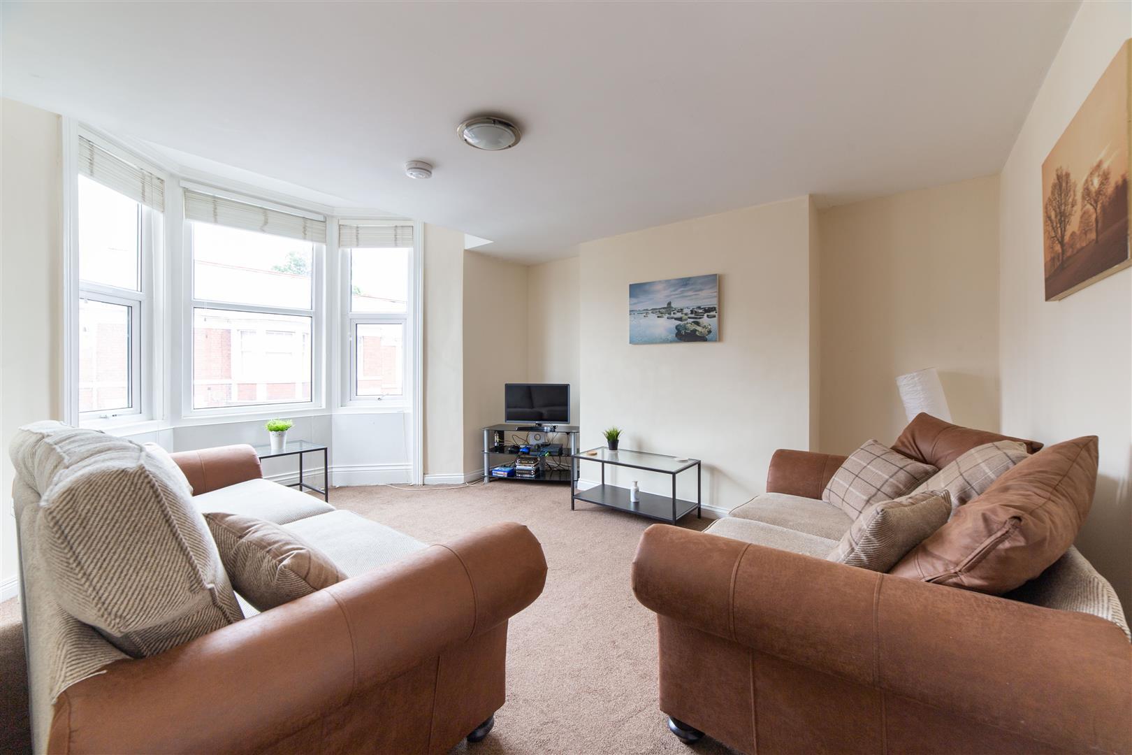 6 bed maisonette to rent in Shortridge Terrace, Jesmond, NE2