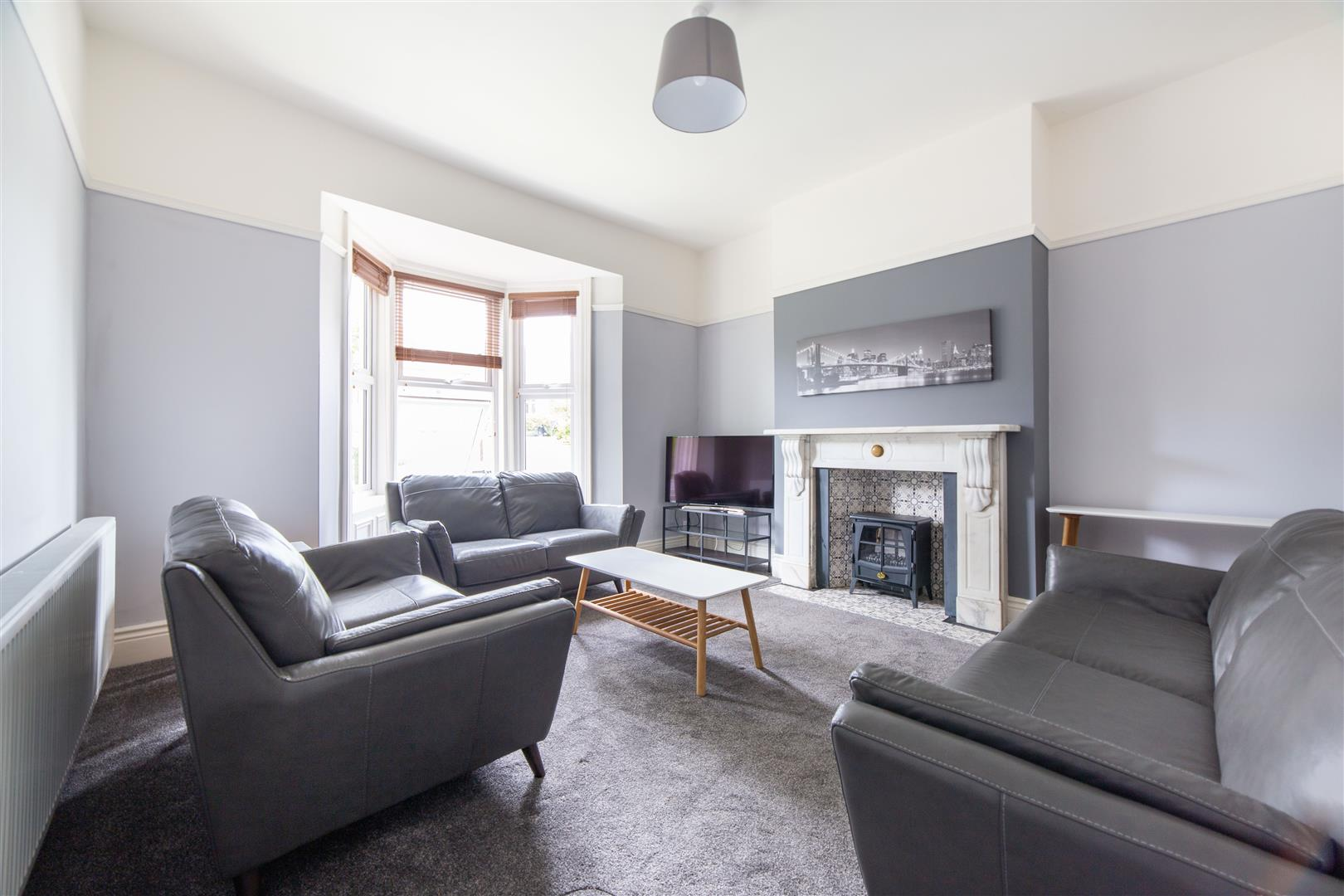 6 bed terraced house to rent in Newcastle Upon Tyne, NE2 2QA  - Property Image 1