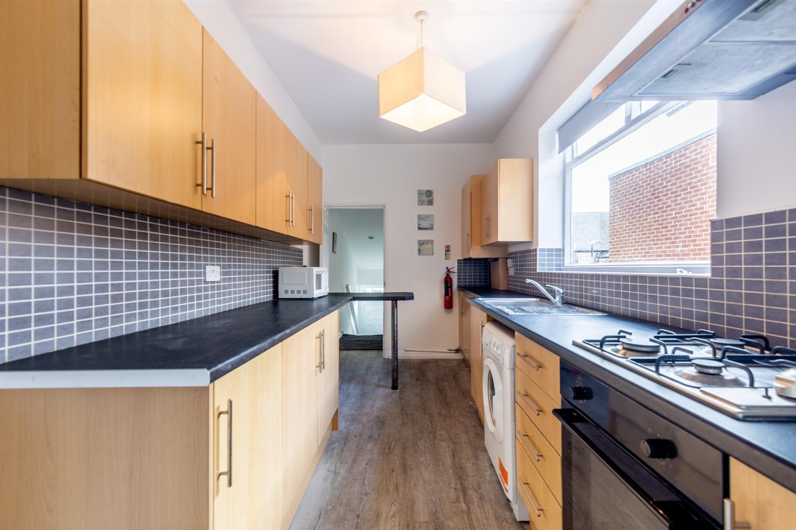 5 bed maisonette to rent in Wolseley Gardens, Jesmond Vale, NE2