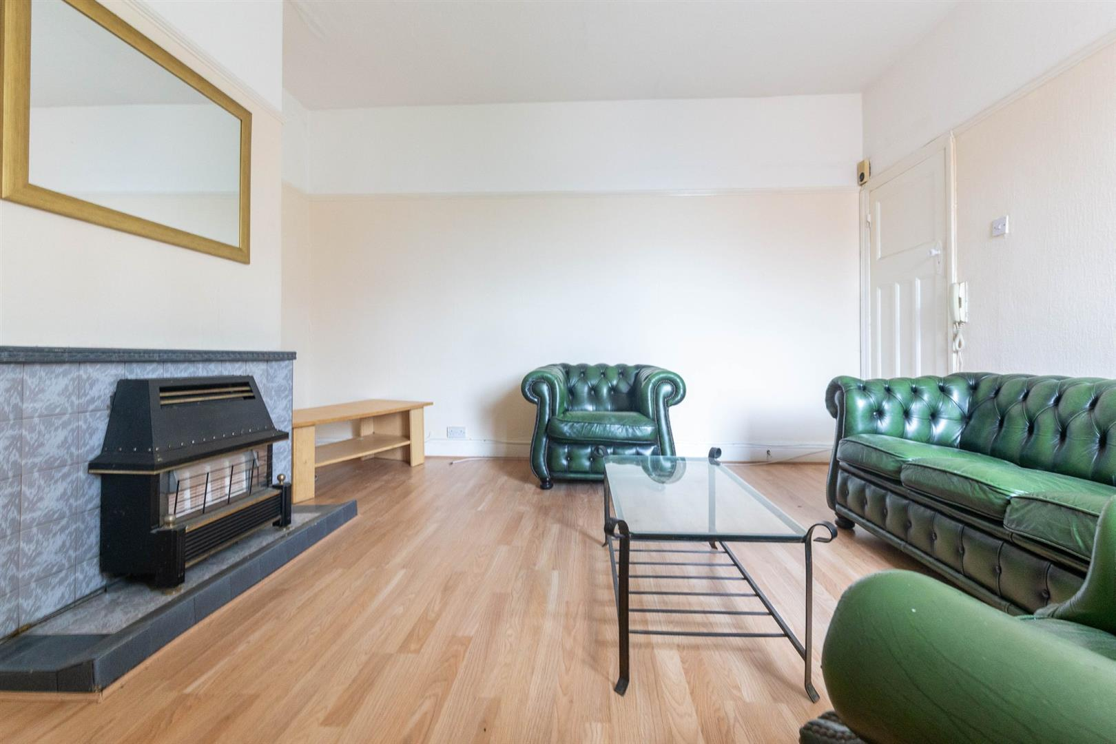 2 bed flat to rent in Newcastle Upon Tyne, NE6 5SQ - Property Image 1