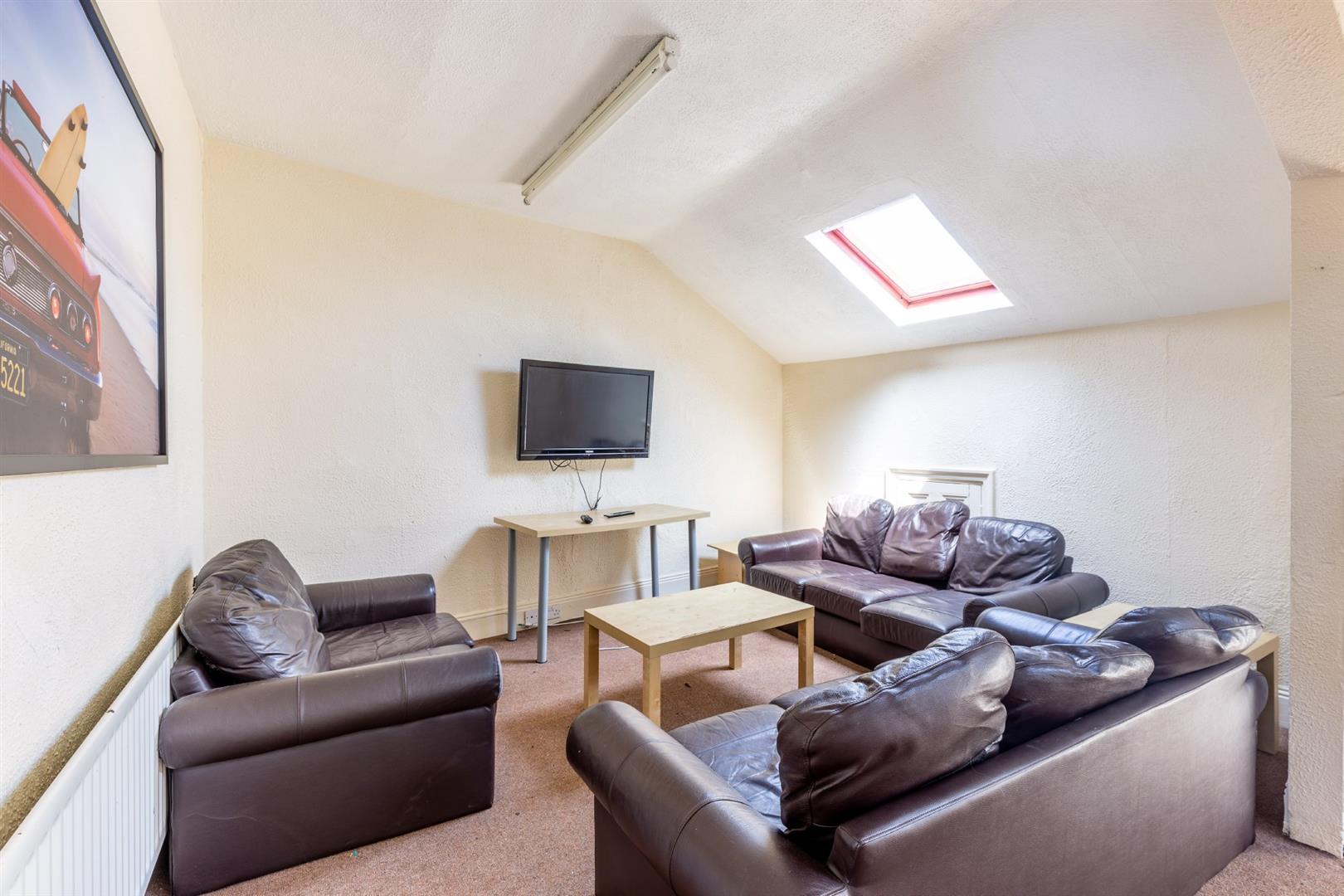 4 bed maisonette to rent in Newcastle Upon Tyne, NE6 5HL 0