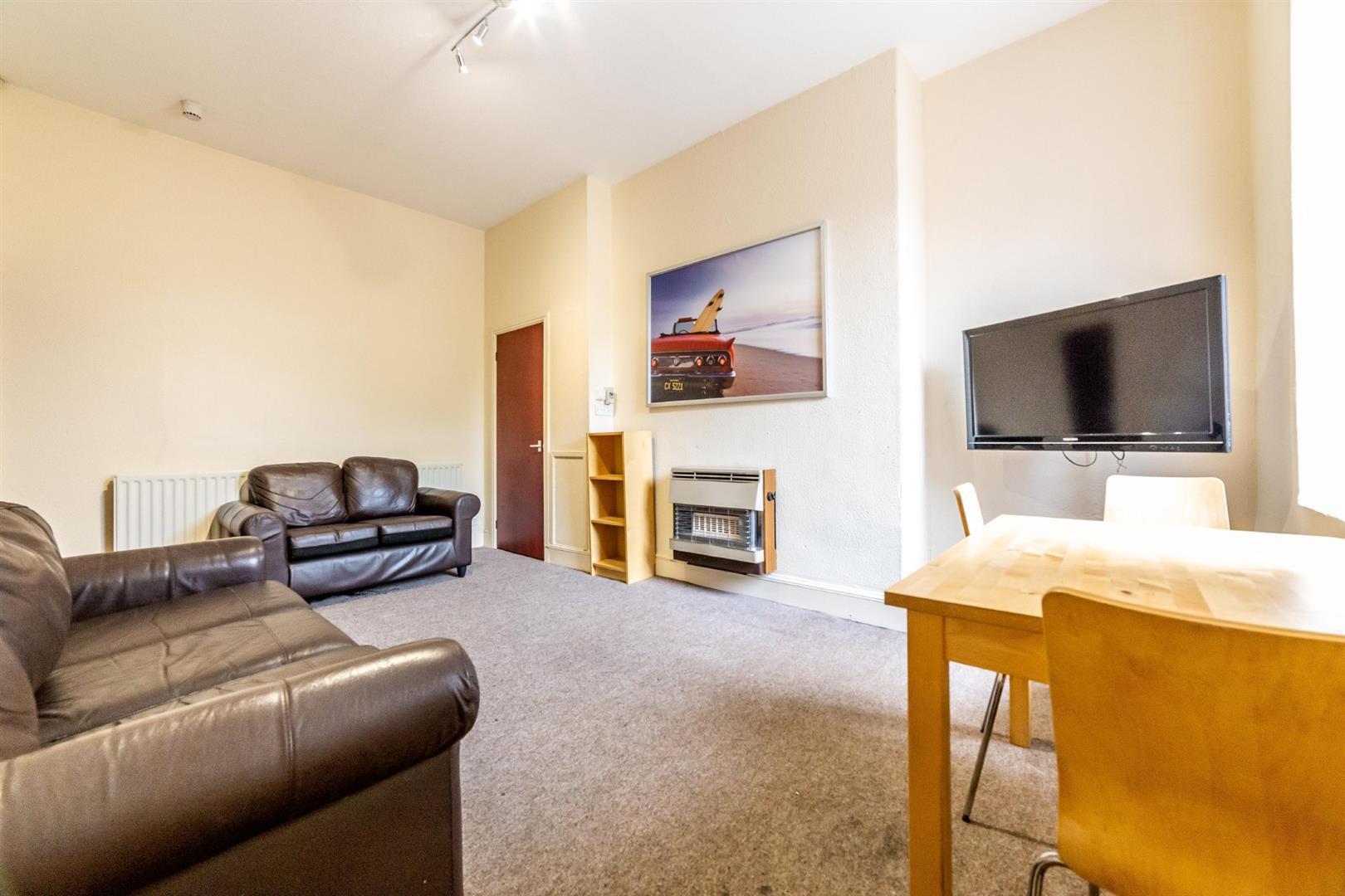 4 bed maisonette to rent in Newcastle Upon Tyne, NE6 5HL, NE6