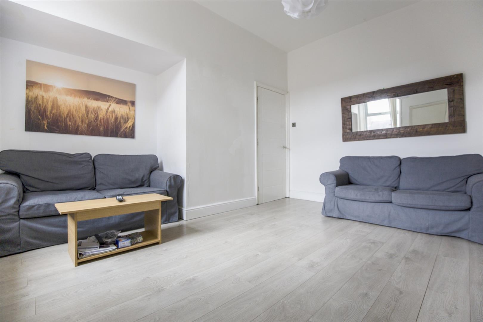 4 bed maisonette to rent in Newcastle upon Tyne, NE6 5BU  - Property Image 2