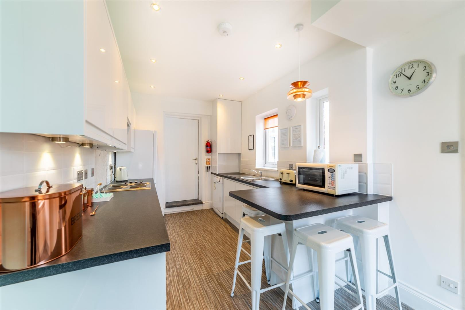 6 bed maisonette to rent in Newcastle Upon Tyne, NE2 3HS  - Property Image 2
