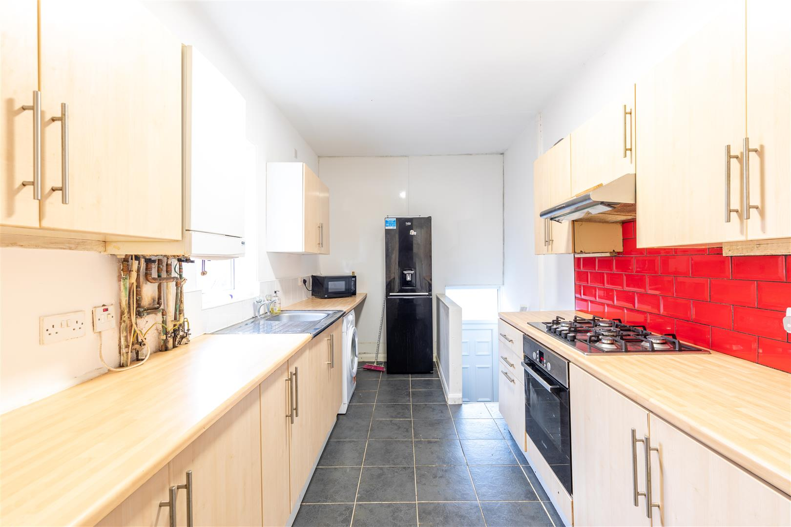 4 bed apartment to rent in Newcastle Upon Tyne, NE6 5LS  - Property Image 1