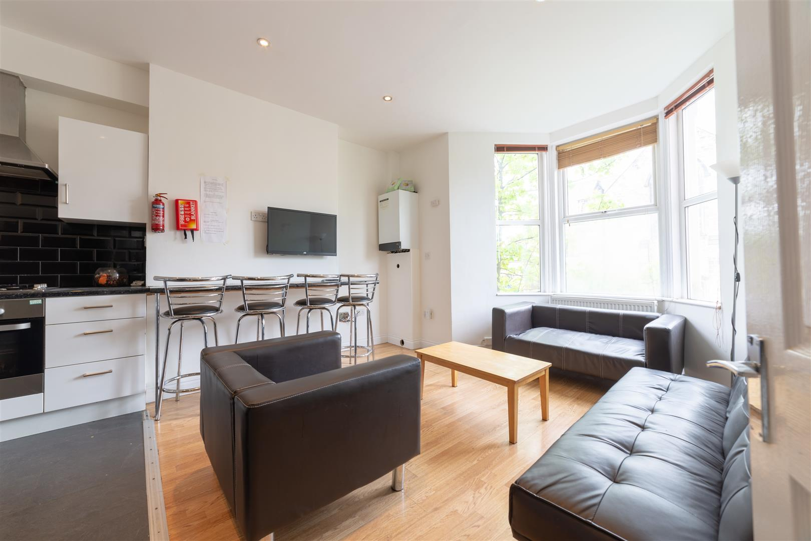 6 bed apartment to rent in Newcastle Upon Tyne, NE6 5JX 0