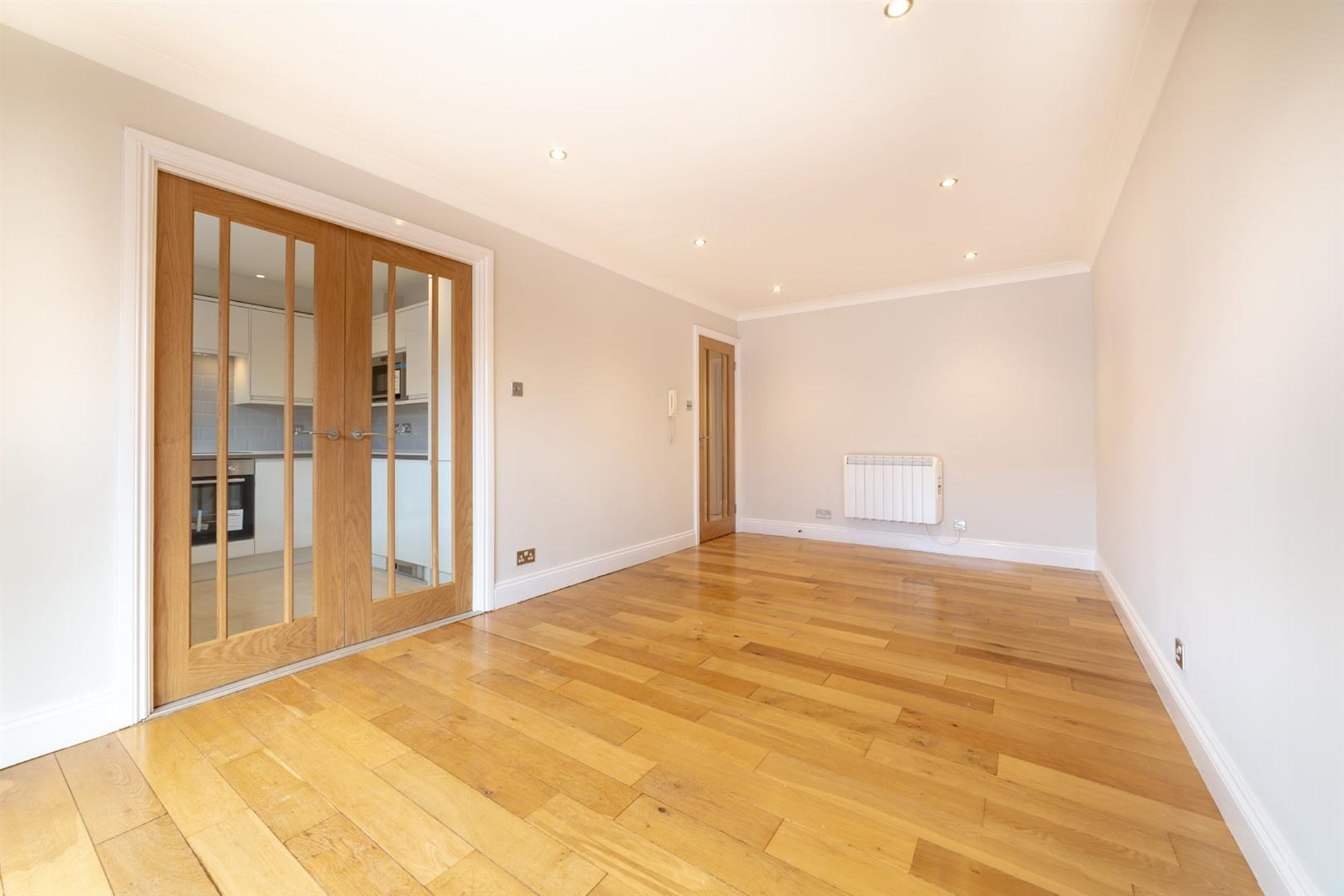 2 bed apartment to rent in Hawthorn Mews, Gosforth, NE3